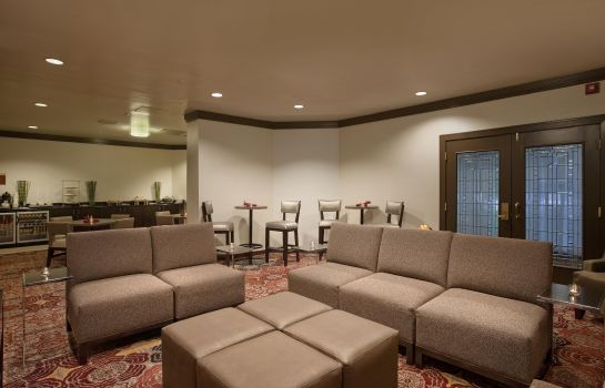 Hotel bar Embassy Suites by Hilton Auburn Hills
