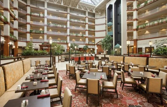 Restaurant Embassy Suites by Hilton Auburn Hills