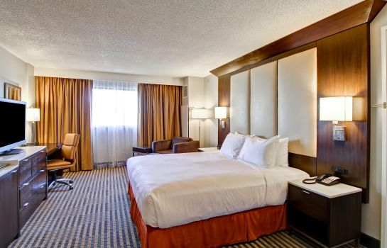 Suite DoubleTree by Hilton Pleasanton at the Club