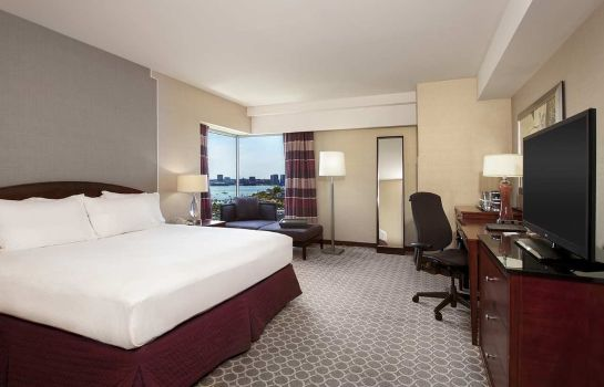 Room Hilton Boston Logan Airport