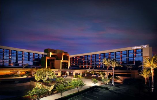Exterior view Hilton Orange County-Costa Mesa