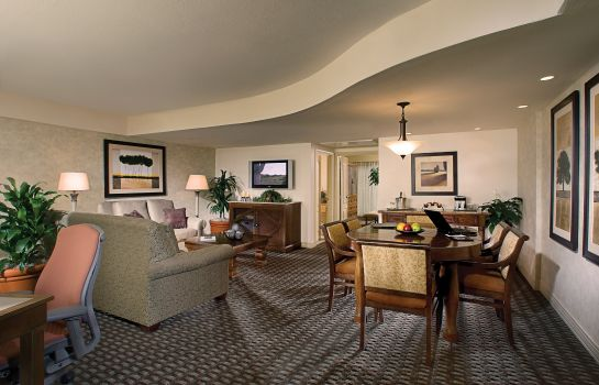 Suite Pointe Hilton Tapatio Cliffs Resort