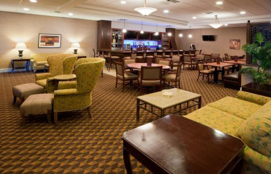 Hotel-Bar Holiday Inn CHARLOTTESVILLE-UNIV AREA