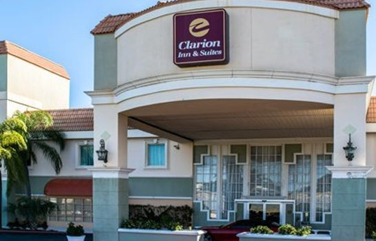 Exterior view Clarion Inn & Suites Clearwater