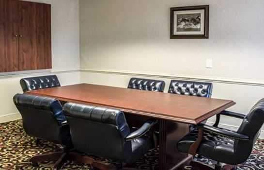 Conference room Clarion Inn & Suites Clearwater