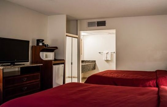 Room Clarion Inn & Suites Clearwater