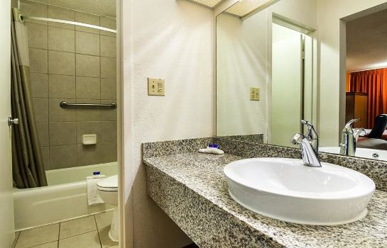 Bagno in camera GA Motel 6 Conyers