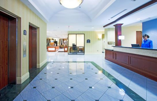 Vestíbulo del hotel Holiday Inn Express & Suites FT. LAUDERDALE-PLANTATION