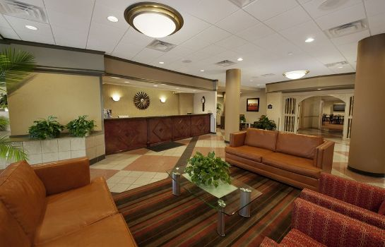 Hotelhalle SureStay Plus Hotel by Best Western St. Louis Airport