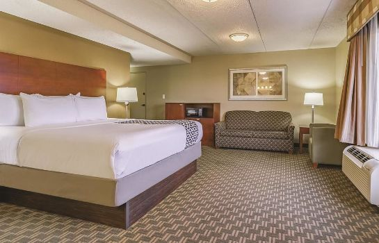 Standardzimmer La Quinta Inn & Suites Cleveland Airport West