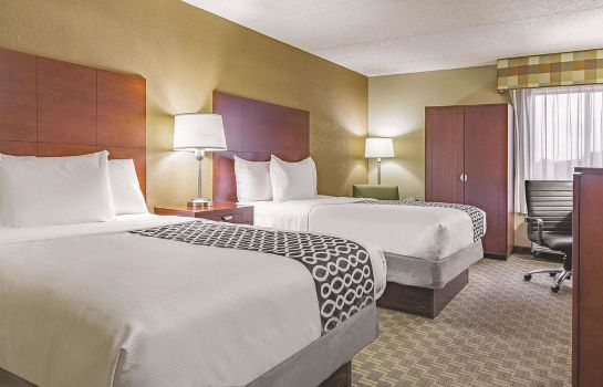 Chambre La Quinta Inn & Suites by Wyndham Cleveland Airport West