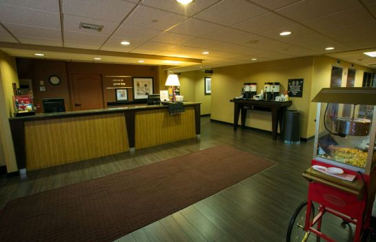 Lobby Hampton Inn Green Bay
