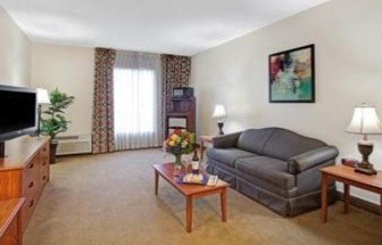 Suite BAYMONT INN & SUITES HOUSTON-