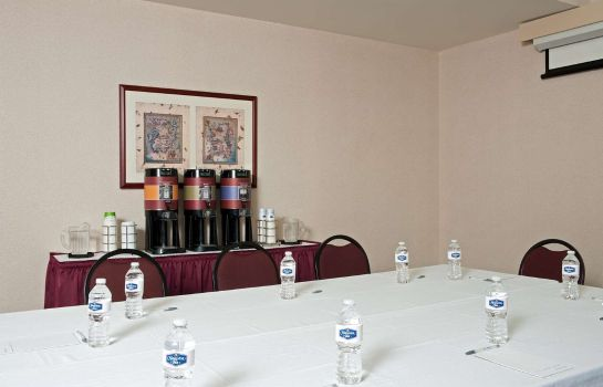 Conference room Hampton Inn Indianapolis Dwtn Across from Circle Centre