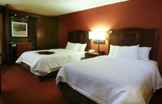 Zimmer Hampton Inn I-75 Lexington-Hamburg Area KY