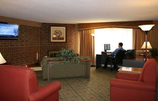 Hall Lincoln Airport Country Inn and Suites By Carlson