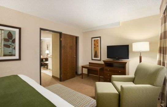 Suite Lincoln Airport Country Inn and Suites by Radisson