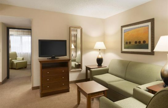 Suite COUNTRY INN STES LINCOLN ARPT