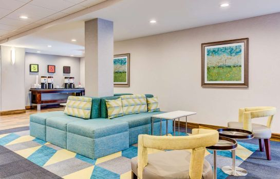 Hotelhalle Hampton Inn - Suites Macon I-475
