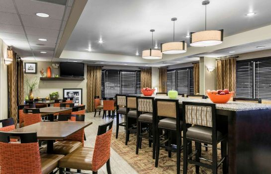 Lobby Hampton Inn Kansas City-Shawnee Mission