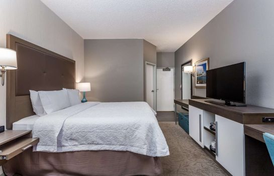 Room Hampton Inn Milwaukee-Airport WI