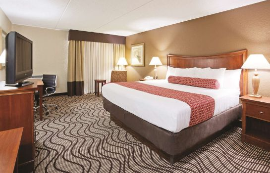 Zimmer LA QUINTA INN STE MINNEAPOLIS MINNETONKA
