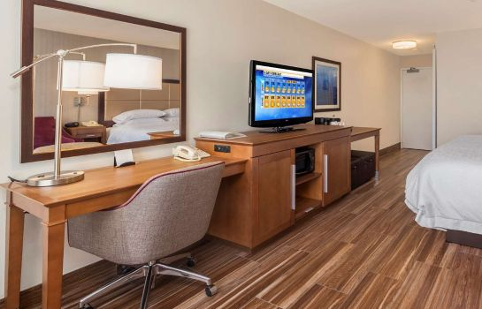 Room Hampton Inn - Suites Seattle North-Lynnwood