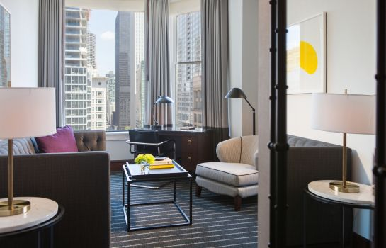 Suite The Alise Chicago