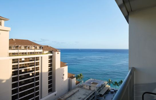Room Outrigger Reef