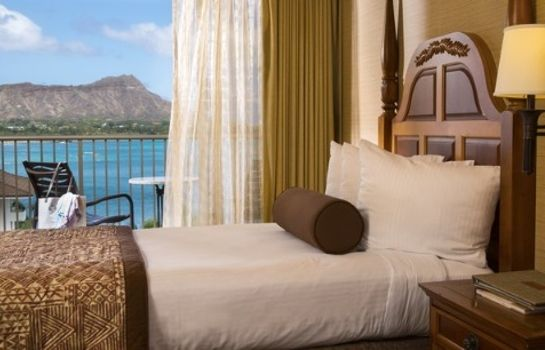 Kamers Outrigger Reef