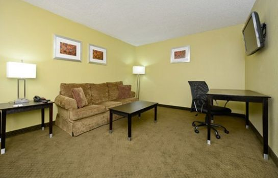 Suite Quality Inn Texarkana