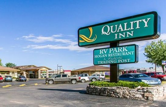 Außenansicht Quality Inn Navajo Nation