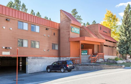 Vista exterior Quality Inn near Mammoth Mountain Ski Resort