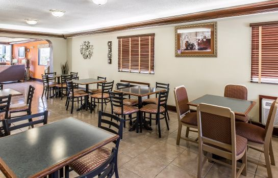 Info Quality Inn & Suites Macon North