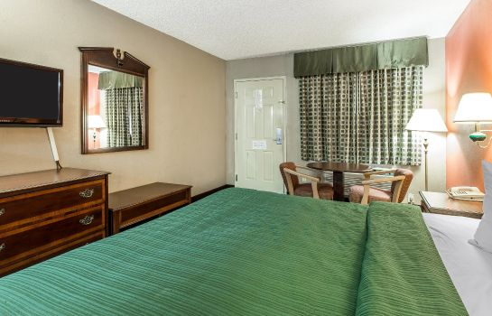 Zimmer Quality Inn & Suites Macon North
