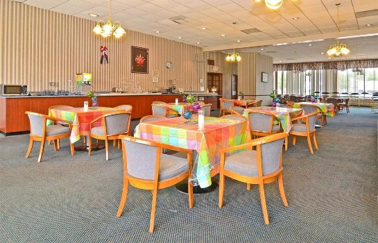 Restaurant Red Carpet Inn & Suites Carneys Point