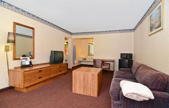 Camera Red Carpet Inn & Suites Carneys Point
