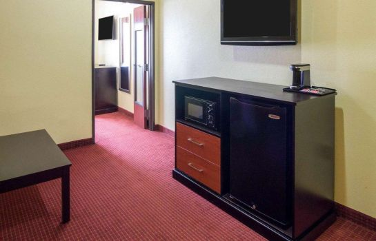 Suite Quality Suites Houston IAH Airport - Beltway 8