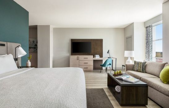 Suite Tapestry Collection by Hilton Alba Tampa