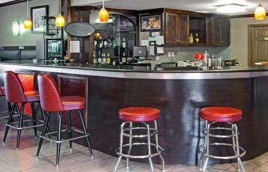 Bar del hotel RAMADA IAH AIRPORT SOUTH