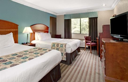 Chambre Ramada by Wyndham Houston Intercontinental Airport South
