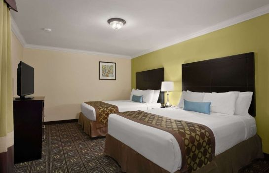 Suite RAMADA BY WYNDHAM ANAHEIM MAIN