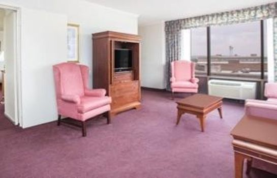 Suite RAMADA AUGUSTA DOWNTOWN HOTEL