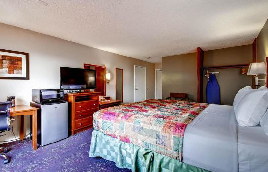 Information Orangewood Inn & Suites