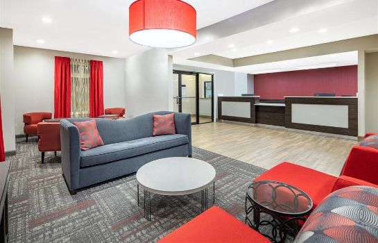 Hotelhalle Ramada by Wyndham Alpharetta/Atlanta North