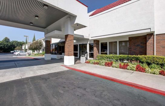 Vista exterior Motel 6 Irvine - Orange County Airport