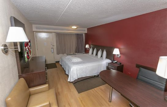 Room Red Roof PLUS Chicago-Naperville