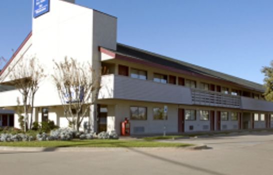 Exterior view Super7 Inn