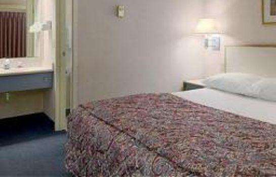 Superb Room Red Roof Inn Kansas City Overland Park