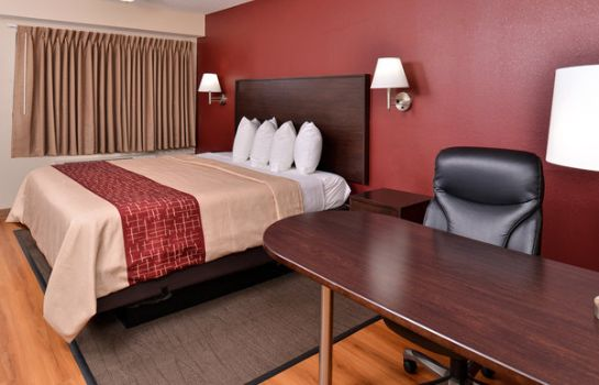 Room Red Roof Inn Champaign - University